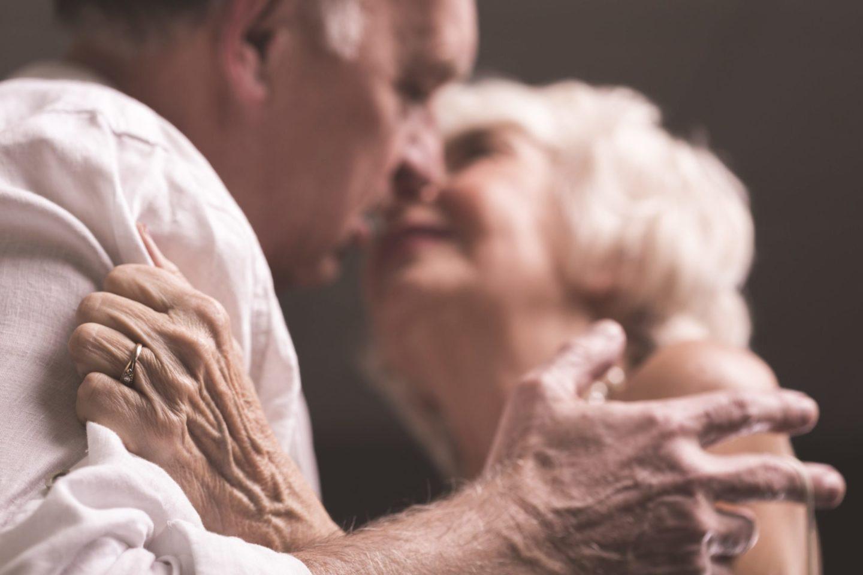 Sexualität im Alter am Beispiel der Demenz